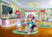 Minnie Mouse`s lunch