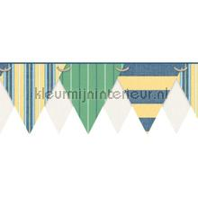 Stripes pennant border green